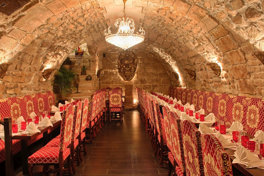 Restaurant groupe Paris L'Escarmouche pour repas d'entreprise