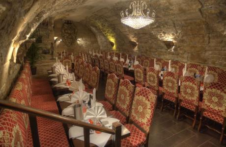 Salle banquet restaurant groupe Paris L'Escarmouche