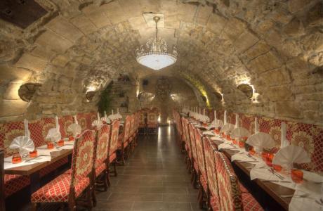 Salle dîner restaurant groupe Paris L'Escarmouche